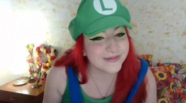 Cannddy_hot Cosplays Luigi