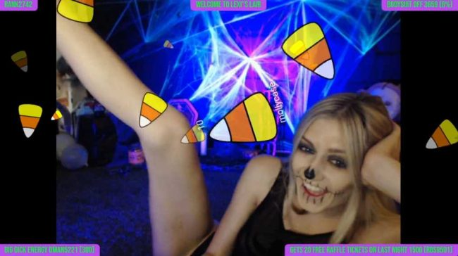 Skull Babe LexiLewis Ushers in Halloween