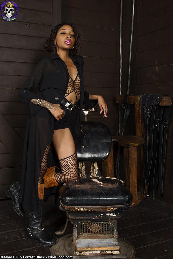 GothicSluts: Amanda Tea Looks Inviting As A Westworld Host