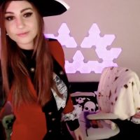 Ghoztgirl Wants To Plunder Booty As A Pirate