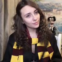 QueenOfTease_ Has A Few Spells Up Her Sleeve As Hermione