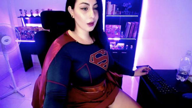 Meet Supergirl Winnyvell