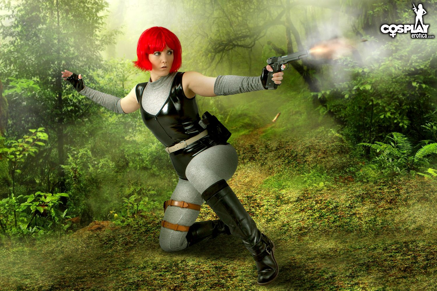Cosplay Erotica's Gogo Goes Searching In The Jungle In Dino Crisis