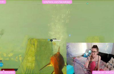 Sexy Gamer TheSharkQueen's Fun Underwater Hunt