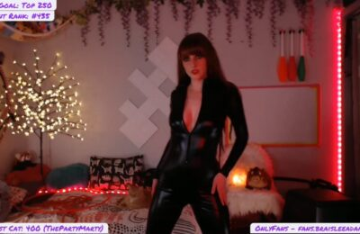 BraisleeAdams Dances In Sexy Skintight Jumpsuit
